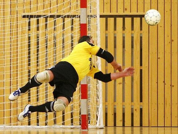 futsal-demoni-ceska-lipa-nejzbach-vysoke-myto-prvni-liga-sport-1513_denik-630